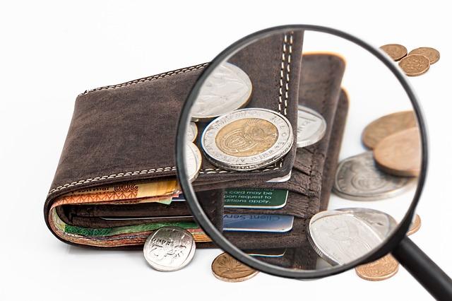 Lepiej oszczędzać czy inwestować?