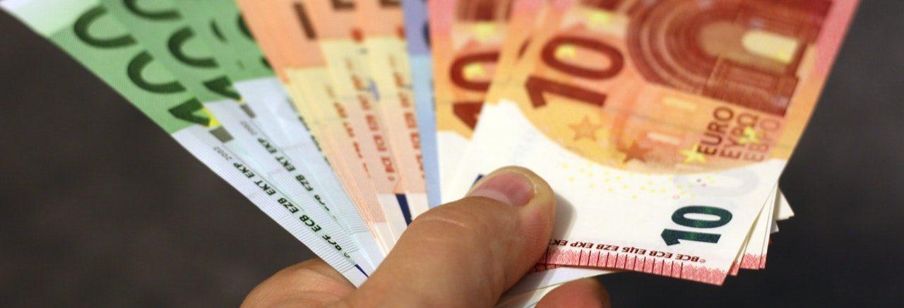 Tłumaczymy finanse i pożyczki w prosty sposób! – Pozyczki-proste.pl