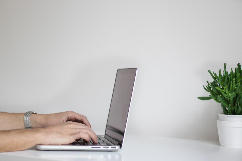 pożyczka na raty online w Efino